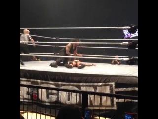 [Roman Reigns Official Fan-Page] Roman wins Street Fight!